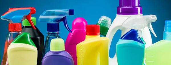 Sadzīves tīrīšanas līdzekļu uzpildes mašīnas